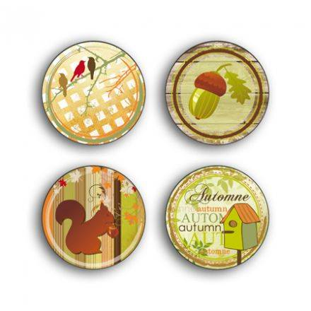 Toga - assortiments de 4 badges - Couleurs d_Automne